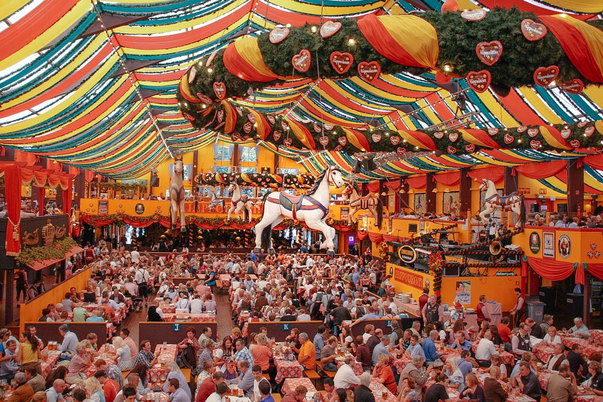 Unforgettable experience at Oktoberfest in Munich - Finland Travel Blog - Best Places to Visit in Europe | Engineerontour